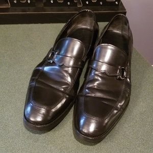 Salvatore Ferragamo Gancini Bit Black Leather 12D